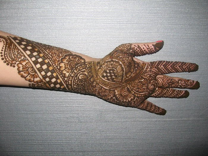 New Designs Mehndi Hands : Stylish bridal mehndi designs for full hands front and back