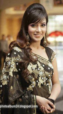 Bangladeshi Model and Actress Bidya Sinha Saha Mim Photos