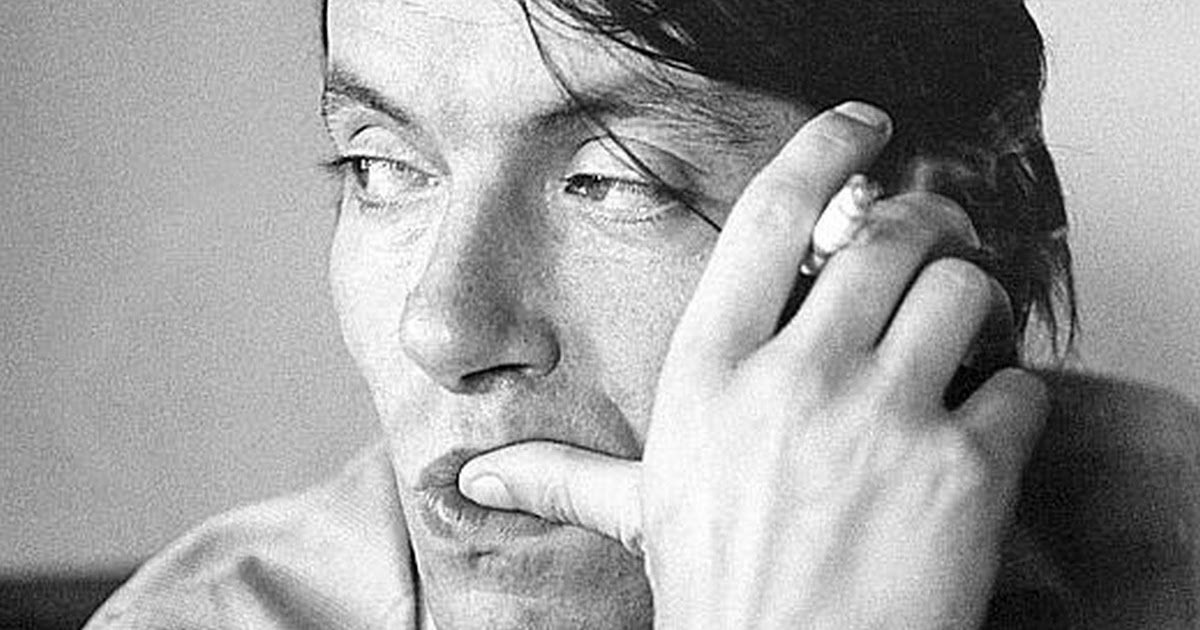 """Fabrizio De Andrè, una """"cantata anarchica"""" a 18 anni dalla morte"""