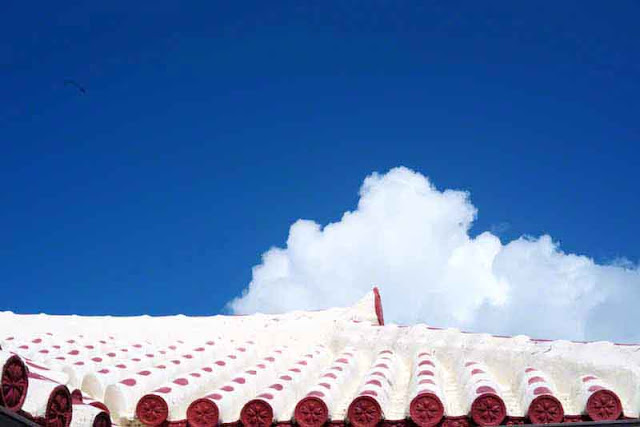 tiled-roof,Okinawan home;traditional,sky,clouds