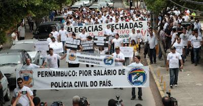 Resultado de imagem para caos na segurança em pernambuco