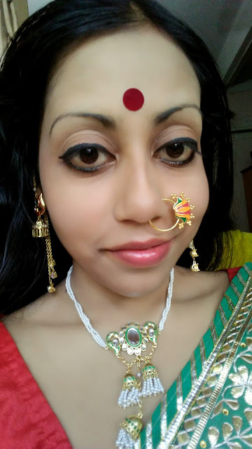 Traditiobal Look For Durga Puja