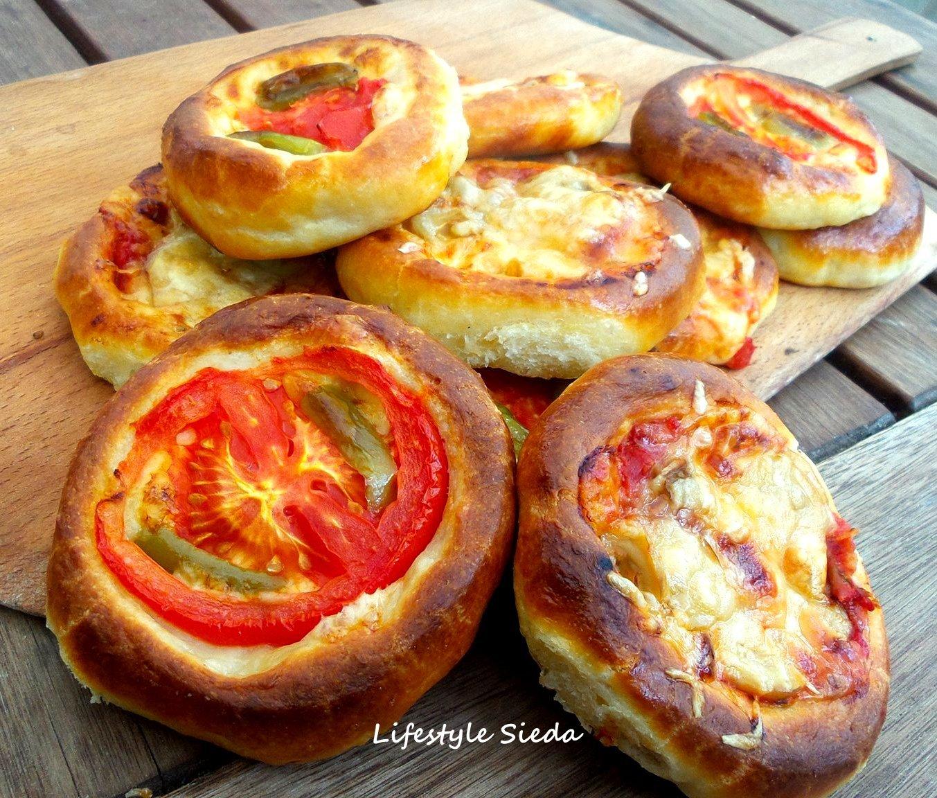 Pizza Poğaça Nasıl Yapılır
