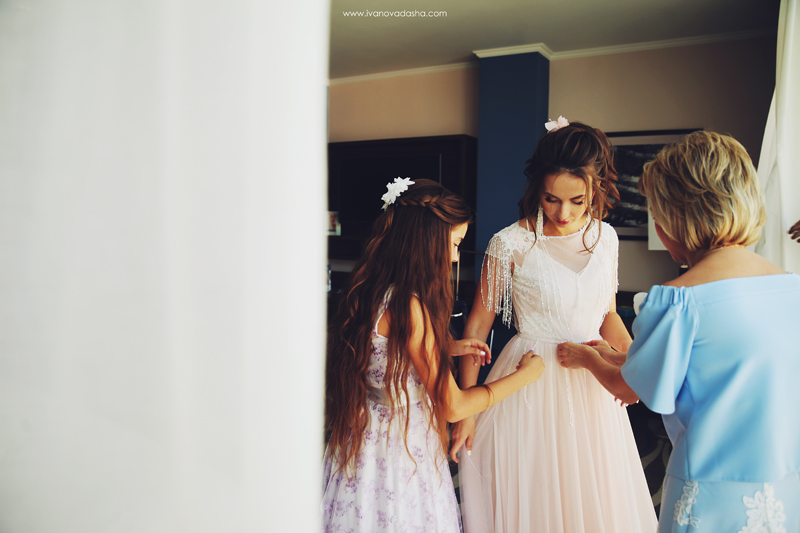 свадебная фотосъемка,свадьба в калуге,фотограф,свадебная фотосъемка в москве,фотограф даша иванова,идеи для свадьбы,образы невесты,фотограф москва,выездная церемония,выездная регистрация,тематическая свадьба,образ жениха,сборы невесты,свадьба в москве,летняя свадьба фото,свадьба в туле,свадьба в обнинске,свадебная фотосъемка в калуге,фотограф москва,стили свадеб,классическая свадьба, свадьба на природе,свадьба на природе фото,выездная регистрация на природе,классический образ невесты,свадьба в классическом стиле, свадебная вечеринка,нежная свадебная палитра,свадьба в голубом цвете,свадьба в розовом цвете,свадьба в нежном цвете,нежные оттенки