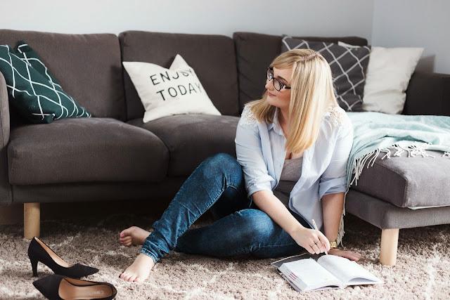 jak zorganizować pracę w domu przy dziecku?