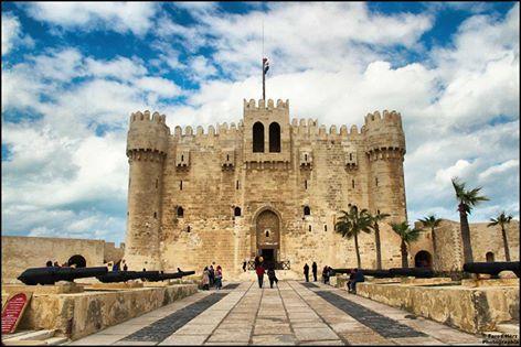 قلعة قايتباي تتحول الى قاعة افراح
