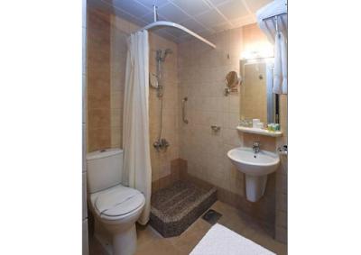 toilet al eiman taibah hotel medina