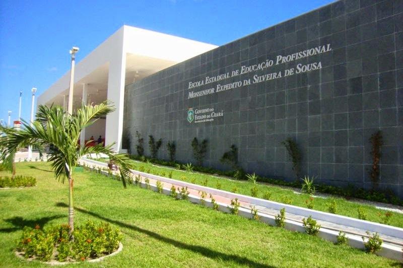Camocim Portal de Notícias - CPN: EEEP Monsenhor Expedito em Camocim na mira do TCE/CE; a escola será vistoriada no próximo dia 23/02