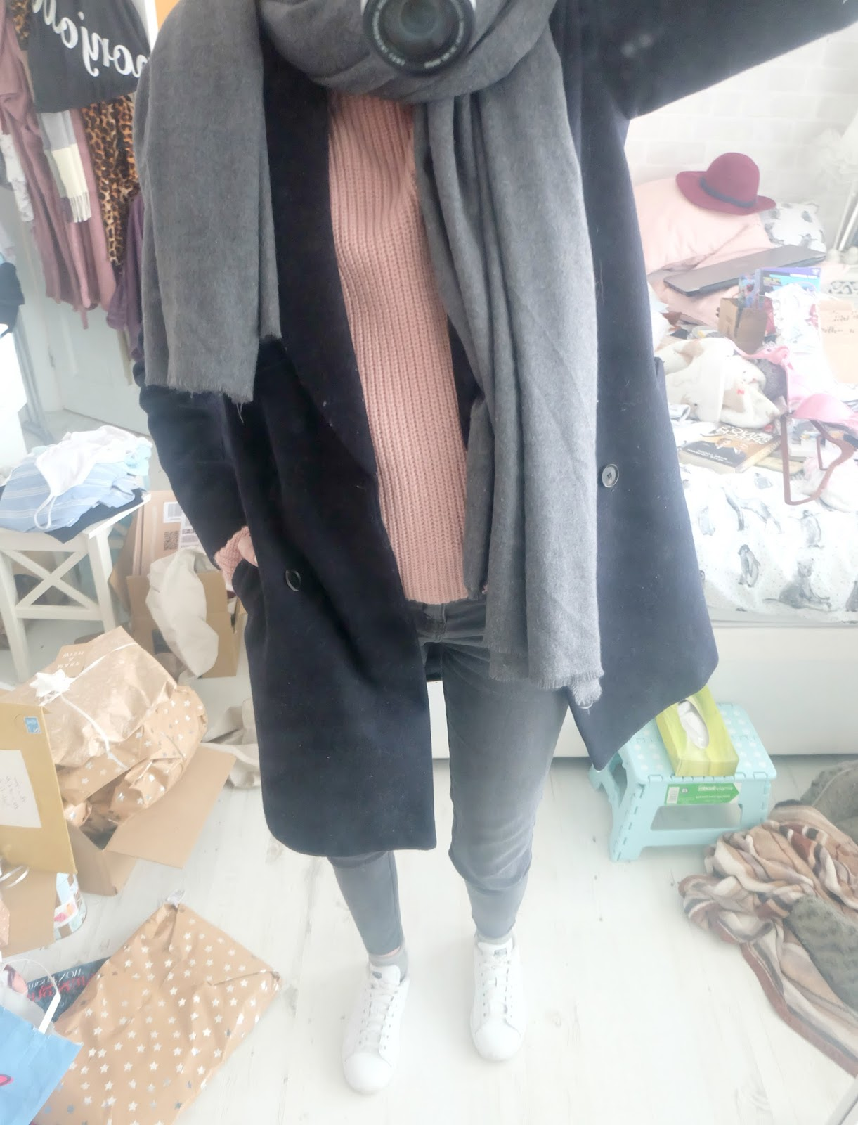 zara navy peacoat, pink and navy outfit, stan smith outfit, stan smith adidas, grey zara jeans, ultimate chunky jumper asos,