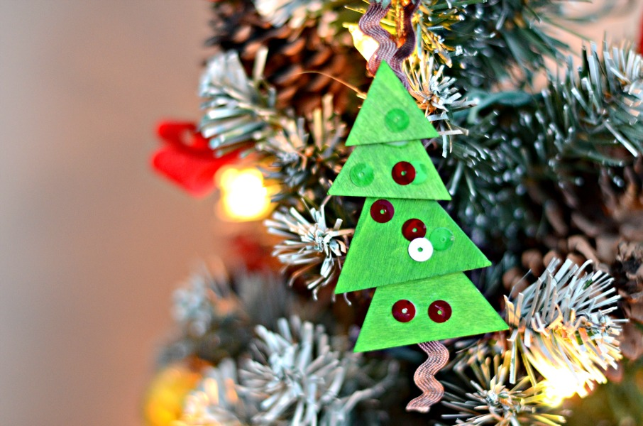 Christmas activities for kids from And Next Comes L