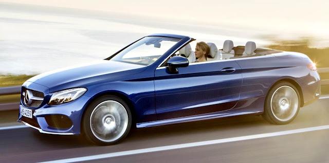Mercedes-Benz C200 Cabrio 2017 en carretera azul