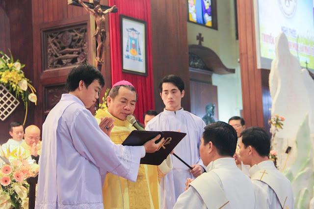 Lễ truyền chức Phó tế và Linh mục tại Giáo phận Lạng Sơn Cao Bằng 27.12.2017 - Ảnh minh hoạ 152