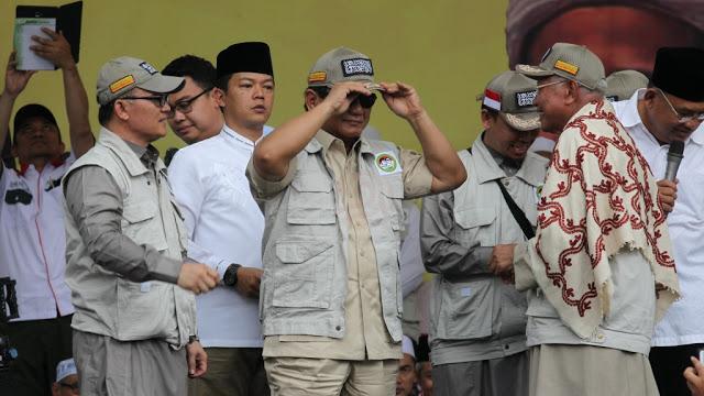 Yusril Ragukan Perjuangan Islam Prabowo-Sandi, PAN Elus Dada