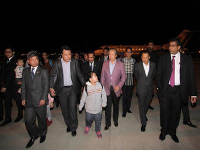 Terima Kasih  PM Najib Bawa Keluar Kami Dari Korea Utara