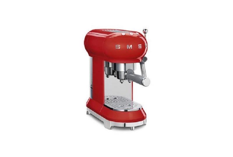 macchina del caffé con cappuccinatore by Smeg