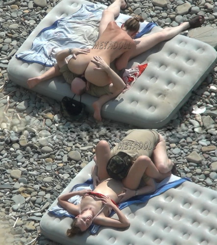 BeachHunters Sex 17740-17776 (Amateur Sex on a Nudist Beach)