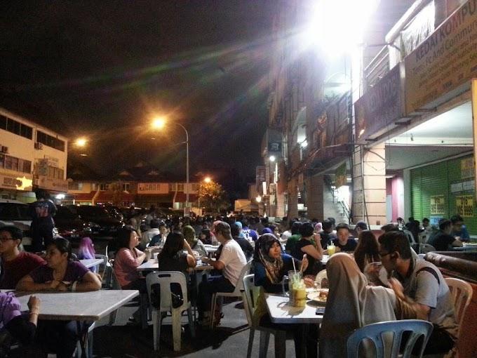 Menjamu selera di Williams Corners, Kelana Jaya