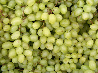 Health, Skin & Hair Benefits of Grapes