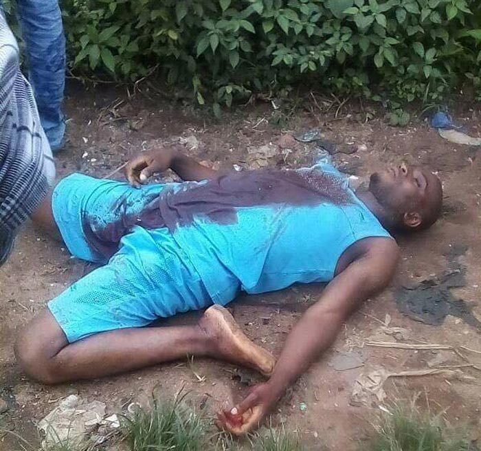 Graphic: Man stabs neighbour to death over phone battery in Owerri, Imo