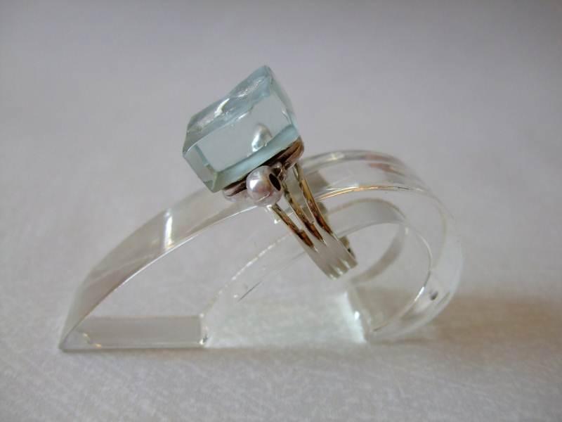 lampes bijoux pochettes bague cube en verre. Black Bedroom Furniture Sets. Home Design Ideas