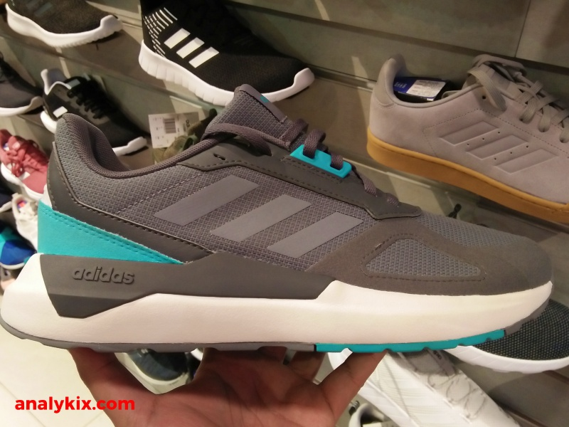 huge discount a110e 2b05c ... options at Tobys Sports in SM North Edsa and Im pretty sure you can  see them in some of the bigger Tobys Sports stores around Metro Manila and  ...
