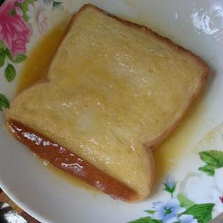 Resepi Viral Roti Sosej Cheese Leleh Bersalut Telur