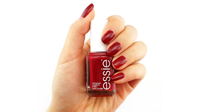 Essie Shall We Chalet? Swatch