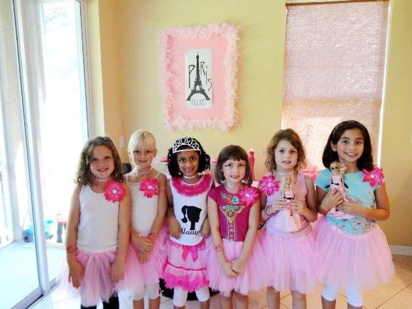 Pink Glam Barbie Birthday Party - via BirdsParty.com