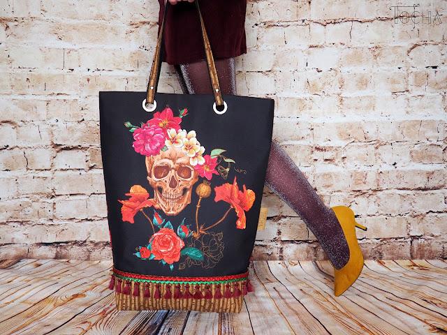 skull, czacha, floral, flowers, roses, flamboyant, tote bag, oversized tote, Corko, cork, vegan leather, tassels, gypsy style, vegan bag, Portuguese cork, #innywymiarszycia,