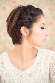 femme asiatique tresse française cheveux courts