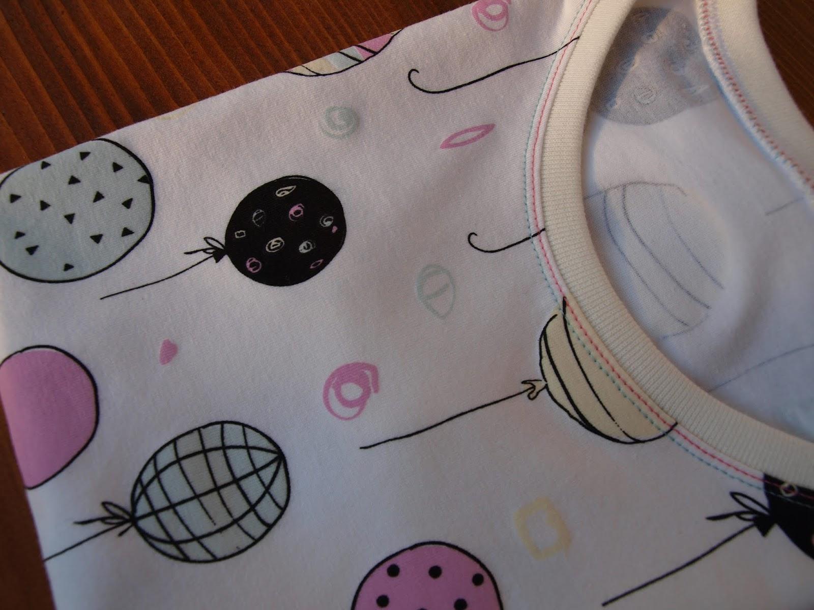 5e8067ab9873 Dúhový obláčik - farebné šitie  Čarovné tričko