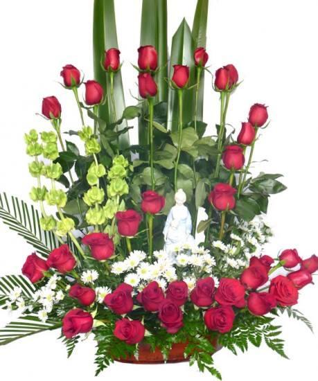 Imagenes De Arreglos Florales Para Iglesias Con Rosas
