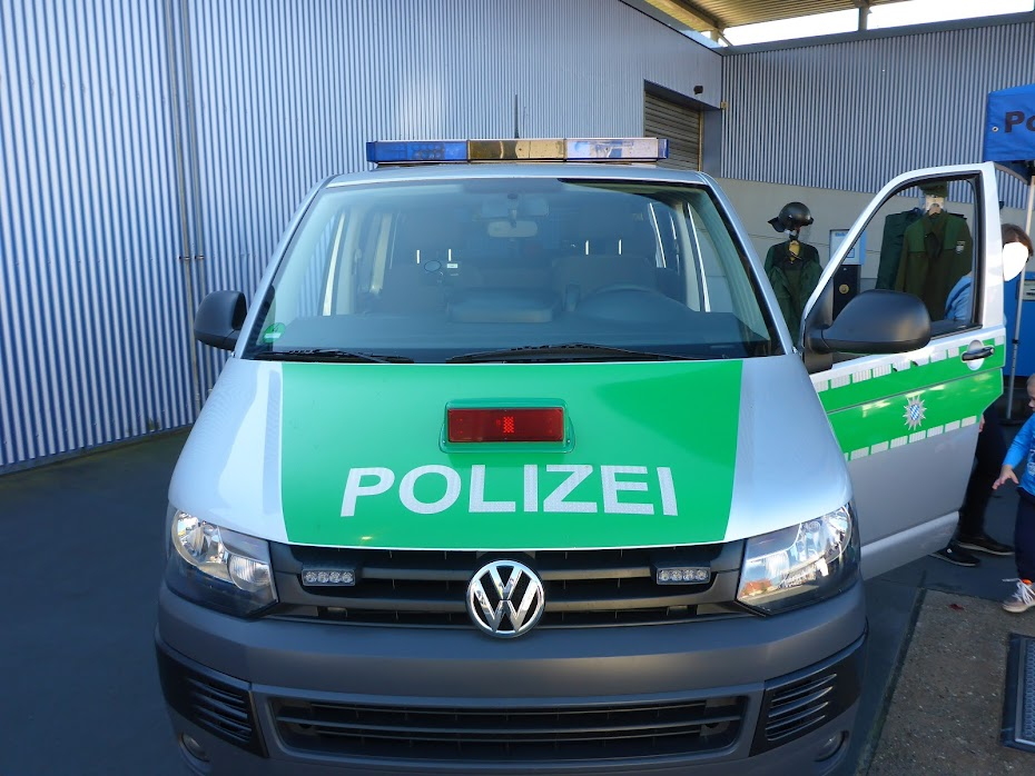 Полицейский, автомобиль, VW