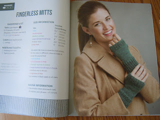 Fingerless Mittens to make using an Oval Loom
