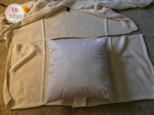 How to Turn an Old Sweater into a Pillow