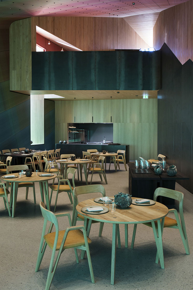 Wohnzimmer Industrial Petrol Snøhetta Completes Europe S First Underwater Restaurant In Norway