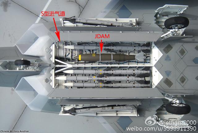 المقاتلة الصينية J-20 Mighty Dragon المولود غير الشرعي - صفحة 2 PLAAF%2BJ-20%2Binternal%2Bweapon%2Bbays%2B4