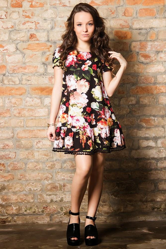 4a36880047ca5 Inspire-se nos looks de Larissa Manoela! Veja alguns looks maravilhosos da  atriz de Cúmplices de um Resgate!