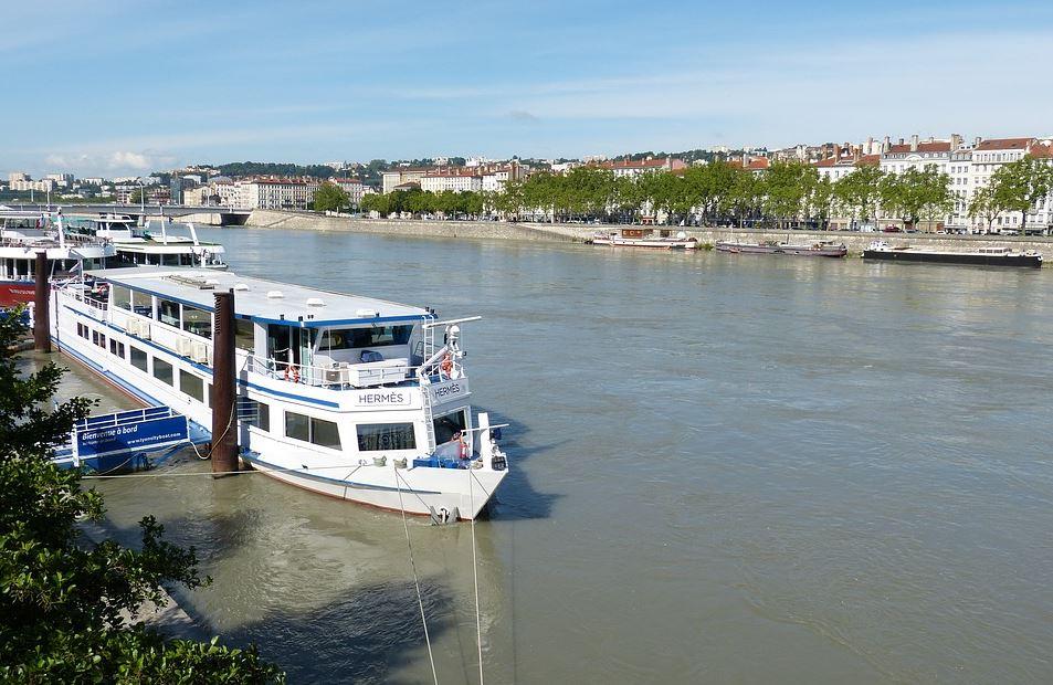Dîner croisière à bord du bateau Hermès