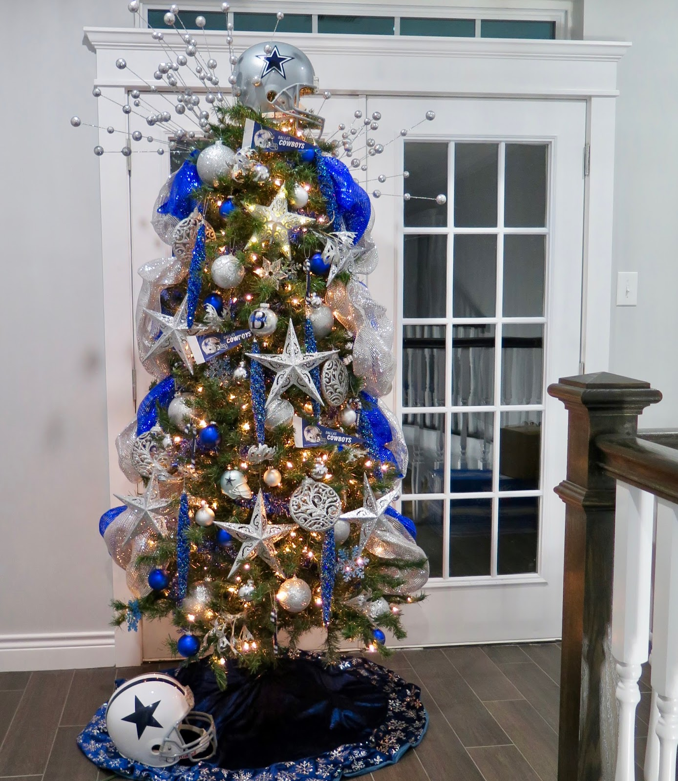 dallas cowboys themed christmas tree