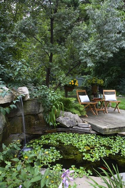 มุมนั่งเล่นในสวน