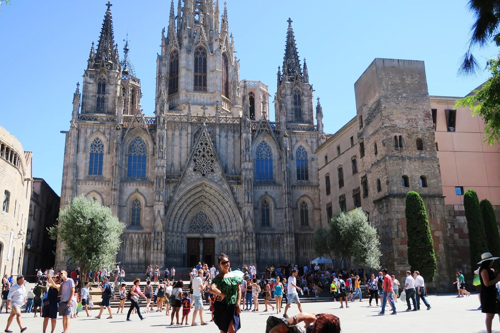 Urbina vinos blog barrio g tico de barcelona que ver y for The 8 boutique b b barcelona