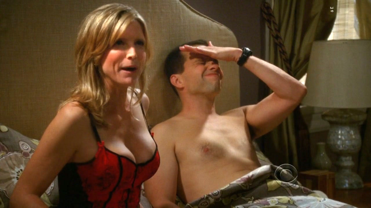 Milf thing milf sylvia looks hot as hell in this fuck 5