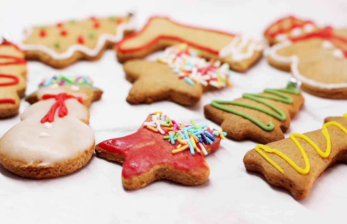 pierniki świąteczne ciasteczka jak zrobić przepis dobre kolorowe lukier
