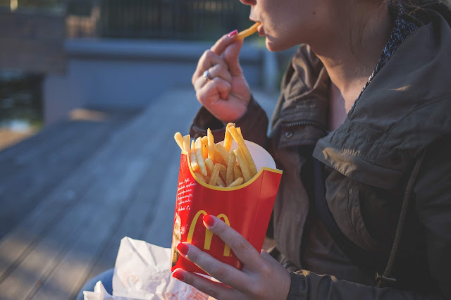 To save youngsters from polygenic disease, keep these foods off from them