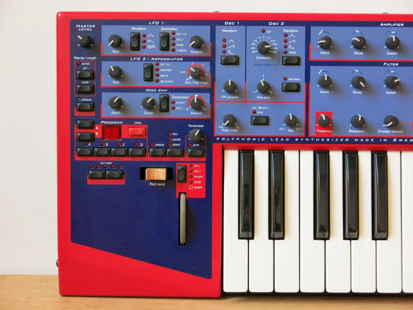 MATRIXSYNTH: Friday, November 15, 2013