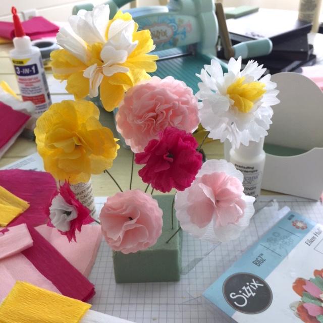 Stamptramp Eileen Hull Paper Flower Party