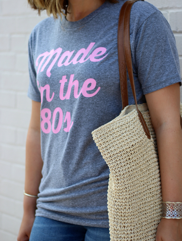 sunday vibes, made in the 80s, graphic tee, mom style, how to style a graphic tee