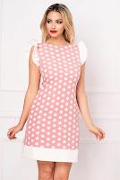 Rochie MBG de vara roz pudrat cu buline si funda stilizata la spate • MBG Collection