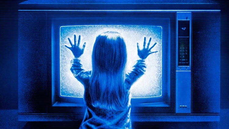 Carol Anne Freeling talks to the TV in Poltergeist, directed by Tobe Hooper.